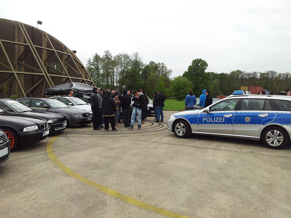 Carfreitag 2K14 - Polizei auf dem Gelände