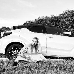 Bild von Auto-Bloggerin Irina Lutz mit Toyota C-HR Lounge (Hybrid)