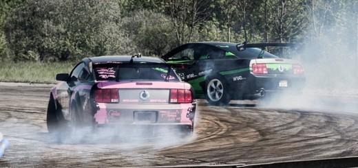 Quer gegen Blutkrebs - mit GeeGee DRIFT Mustangs