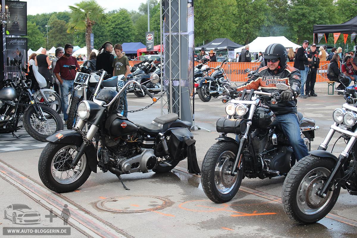 Motorräder bei dem US-Car- & Harley-Treffen in Europa-Park