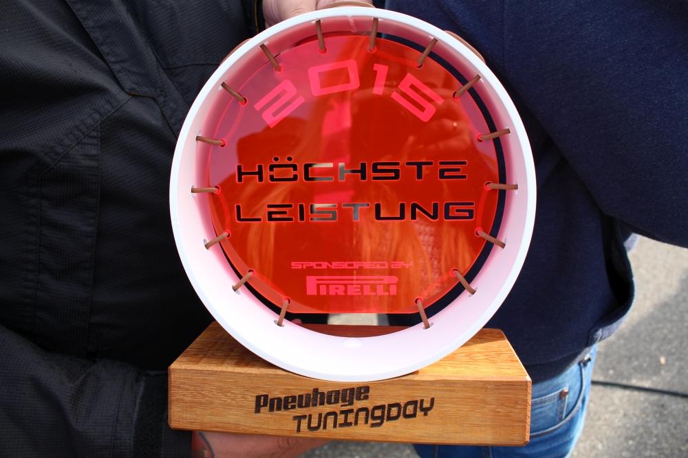 """""""Höchste Leistung"""" Pokal bei Pneuhage Tuningday 2015"""