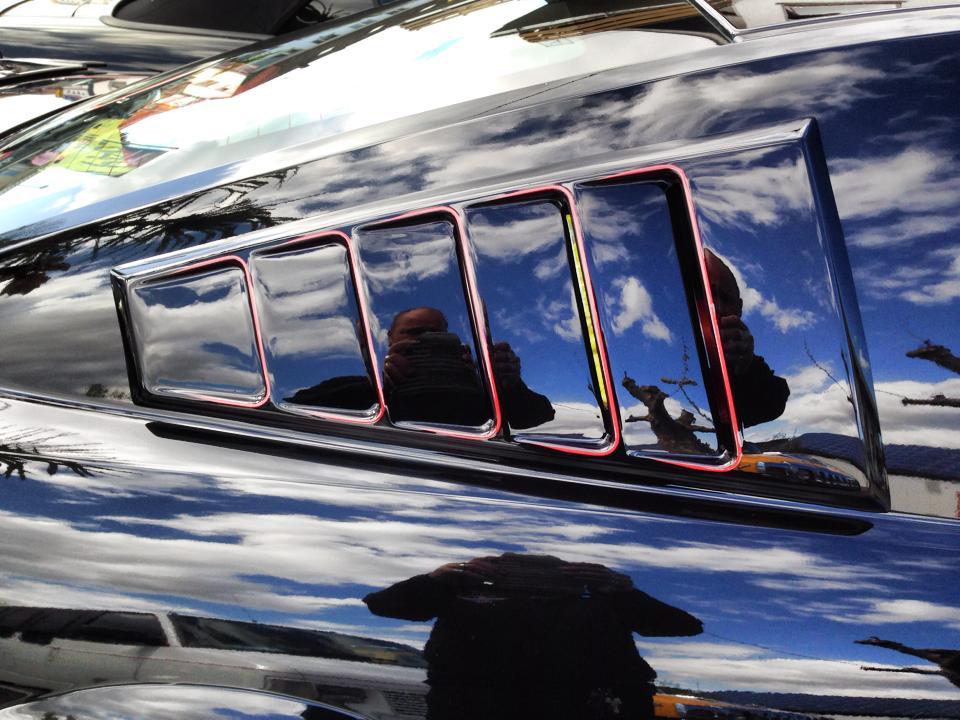 Mustang GT500 nun mit Side Window Louvers