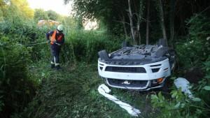 R.I.P.: Mustang samt Fahrerin